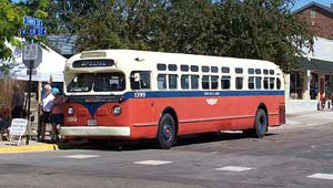 Classic Twin City Lines bus No. 1399 provided a short tour of the historic houses and other sites in Excelsior.